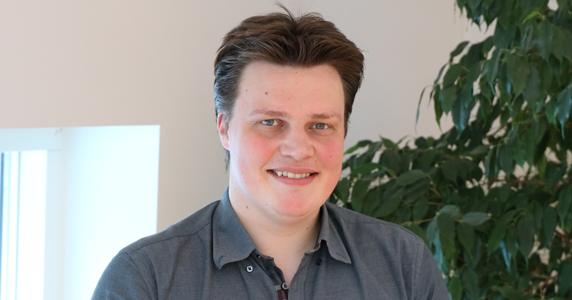 Lars Boss Henrichsen