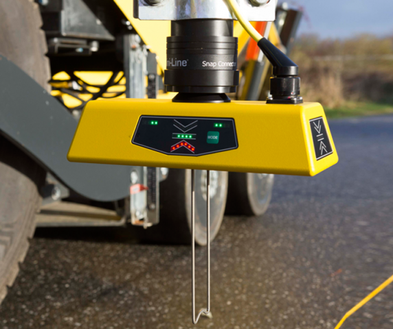 G224 Multi-Sonic Grade Sensor Mini-Line TF-Technologies mounted on volvo-abg paver avg veam